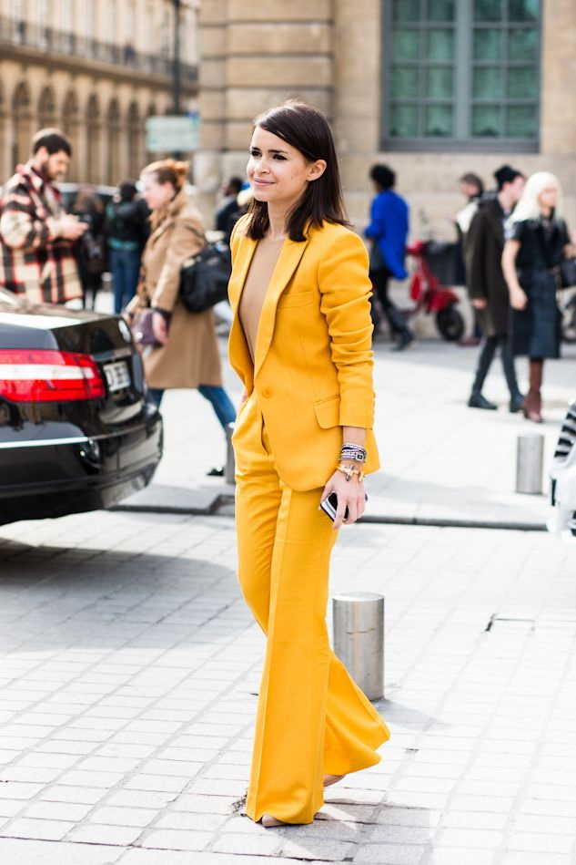 Power-Suits-For-Women-Street-Style-Looks-12
