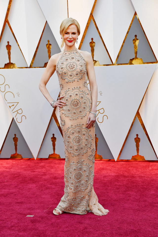 the-only-oscars-red-carpet-looks-you-need-to-see-2154841.640x0c