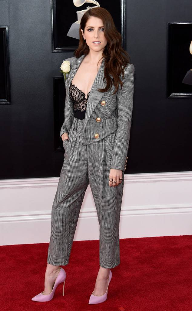 rs_634x1024-180128153212-634-anna-kendrick-red-carpet-fashion-2018-grammy-awards