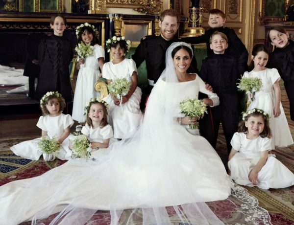 http_cdn.cnn.comcnnnextdamassets180521100405-02-royal-wedding-official-portraits