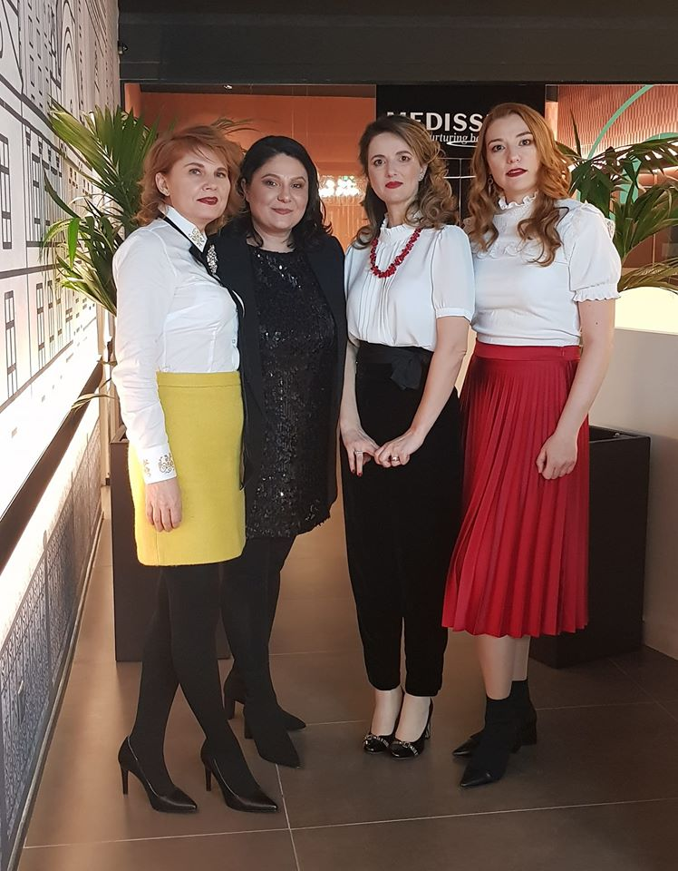 Nico, Alina, Mira, Mag-8